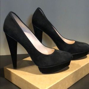 Beautiful Sexy black suede brand new shoes